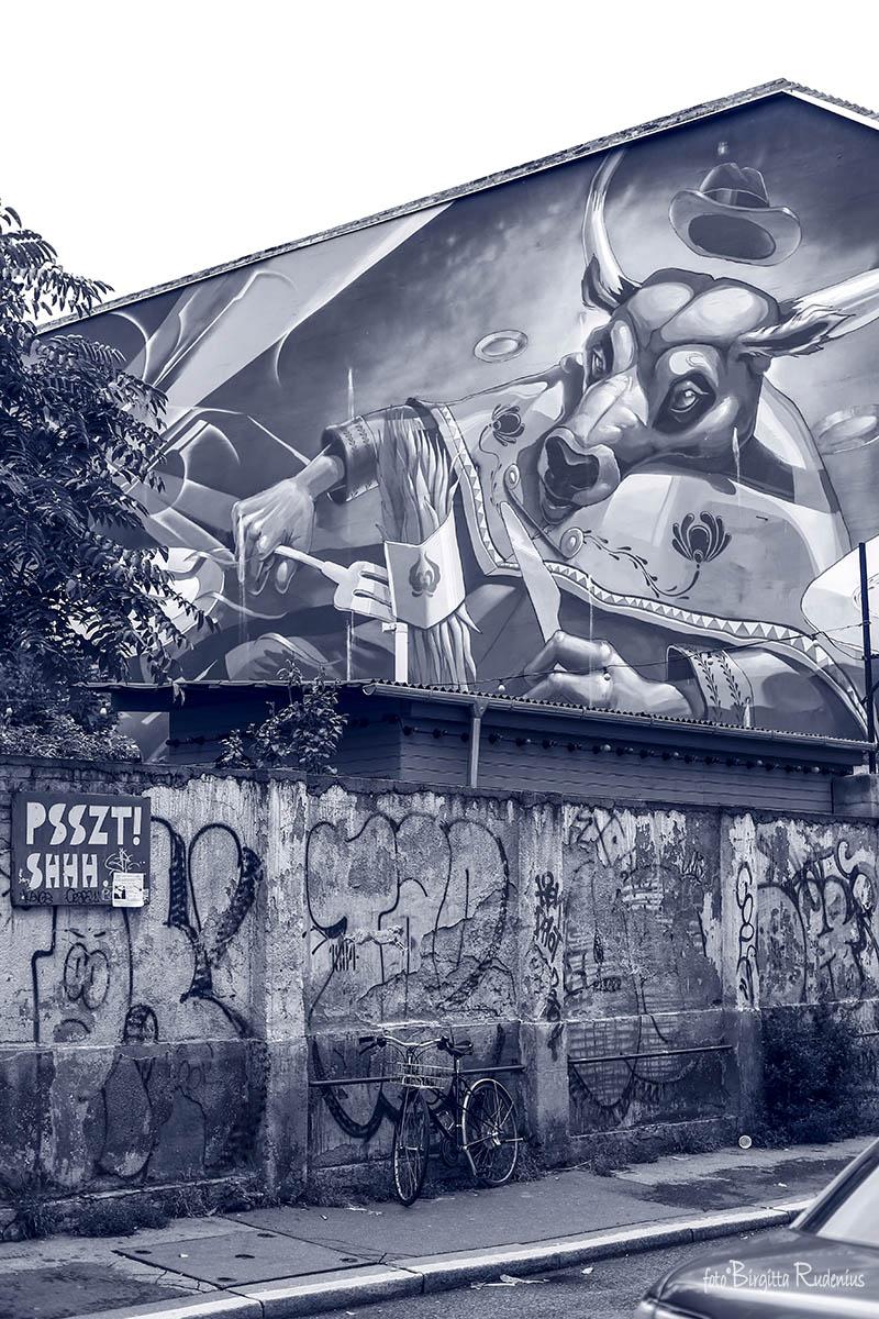 Blue Street Art